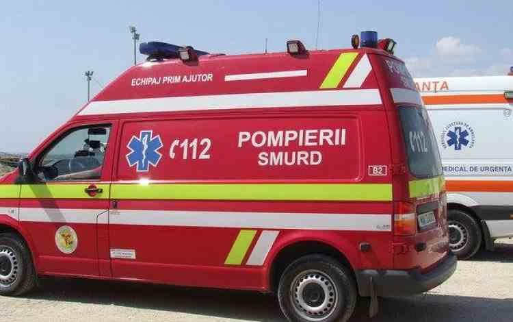 Accident cu 11 victime în Prahova, la Băicoi - Una dintre mașinile implicate a părăsit locul accidentului