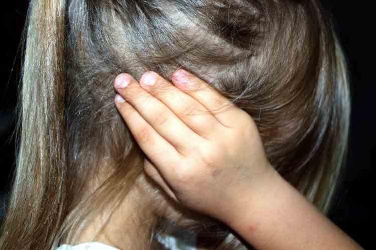 O adolescentă din Vaslui, care a încercat să se sinucidă, a fost salvată în ultimul moment de părinți, prin indicațiile primite la 112