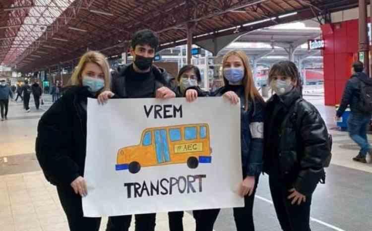 Asociațiile elevilor protestează miercuri împotriva proiectului Guvernului, privind decontarea navetei