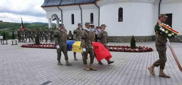 Rămășițele unui soldat din Alba, mort pe front, au ajuns acasă după 77 de ani