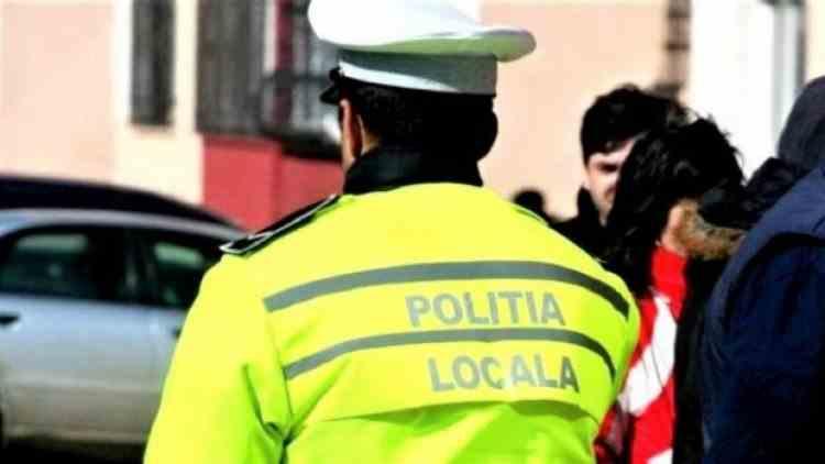 Polițiștii locali sunt batjocoriți de directorii puși pe pile de primari