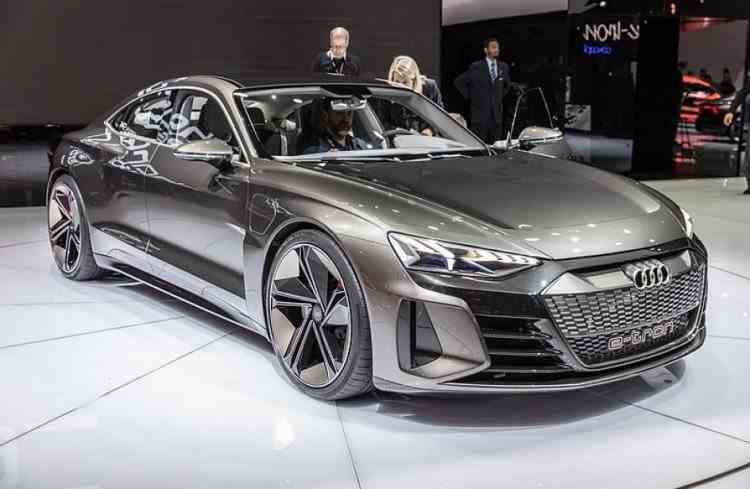 Audi nu va mai produce mașini cu motoare diesel și benzină din 2033 - Din 2026 vor lansa doar mașini electrice