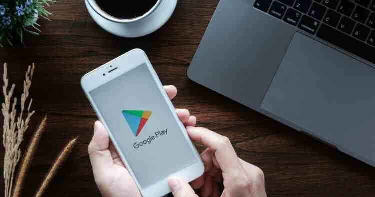 Lista aplicaţiilor din Google Play care furau parolele de Facebook ale utilizatorilor
