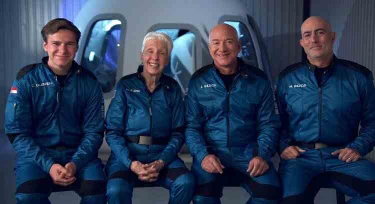 VIDEO: Cel mai bogat om din lume pleacă marți în spațiu - Unde poate fi urmărită călătoria