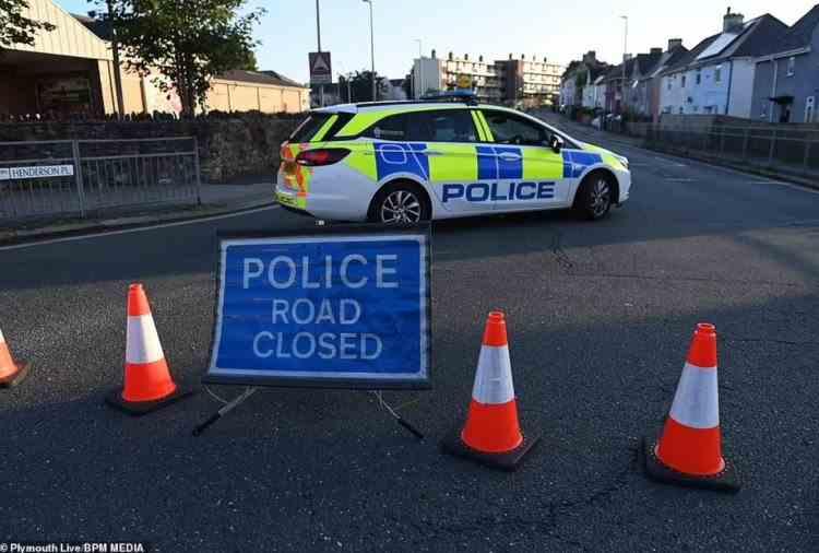 """Cel puțin șase persoane au fost ucise într-un atac armat """"șocant"""", într-un oraș din sud-vestul Angliei"""