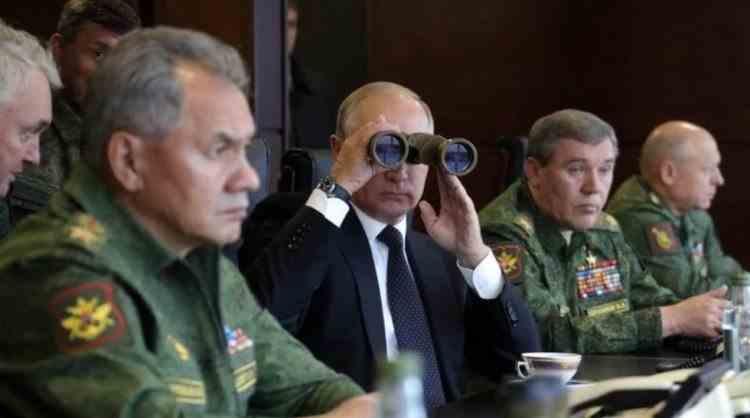 VIDEO: Zapad - Rusia desfăşoară cel mai mare exerciţiu militar, cu peste 200000 de militari, la graniţa cu NATO