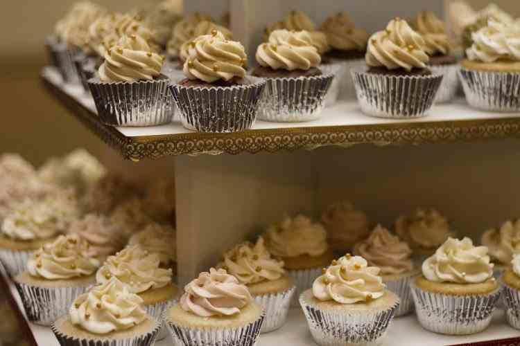 Prețuri mai mari pentru prăjituri, torturi și cozonaci, începând cu 1 octombrie