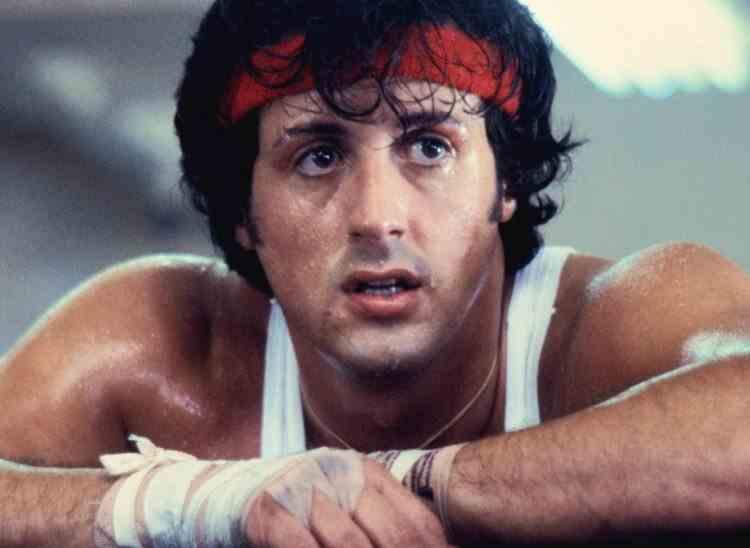 Înainte de a deveni celebru, actorul american Sylvester Stallone a acceptat să joace într-un film pentru adulți