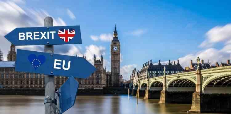 Cetățenii UE care nu au primit statut de rezident vor fi expulzați din Marea Britanie