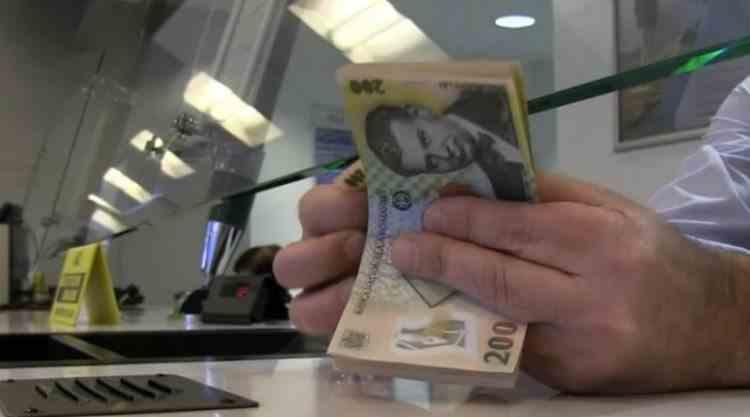 Ratele bancare la creditele pentru locuințe vor crește cu până la 2,5% în perioada următoare