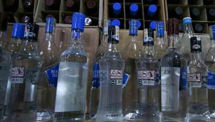 Peste 20 de ruși au murit după ce au consumat alcool contrafăcut
