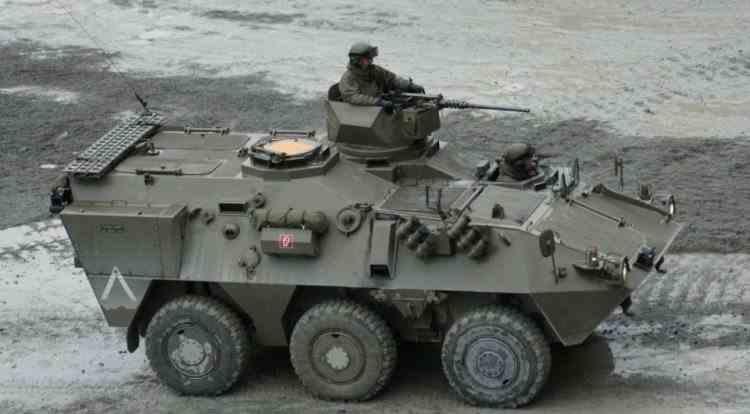 Mai multe blindate românești au fost oprite de poliția din Germania - Reacția MApN